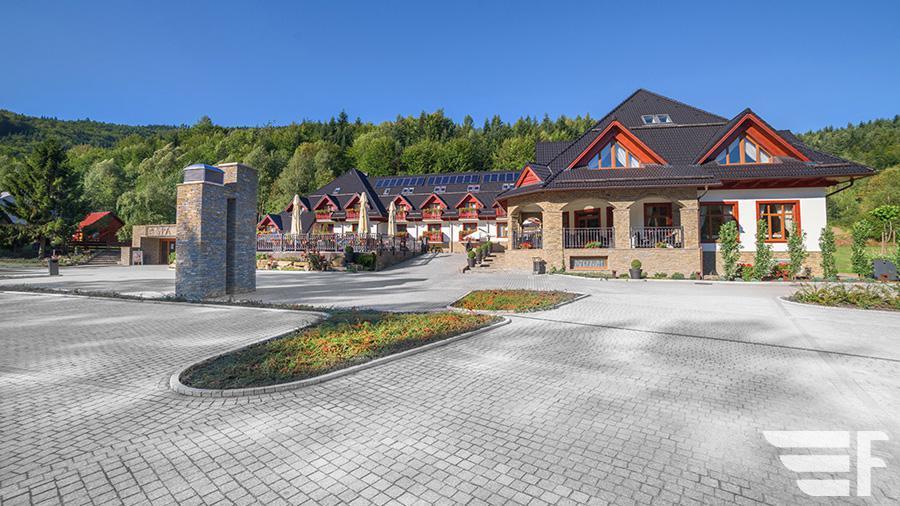 Hotel & SPA Czarny Groń-900px
